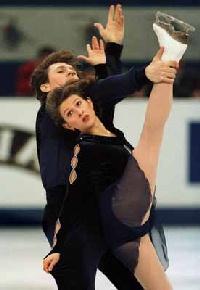 Oksana Kazakova Oksana Kazakova and Artur Dmitriev